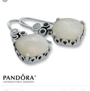 💓pandora mother of pearl earrings - very rare